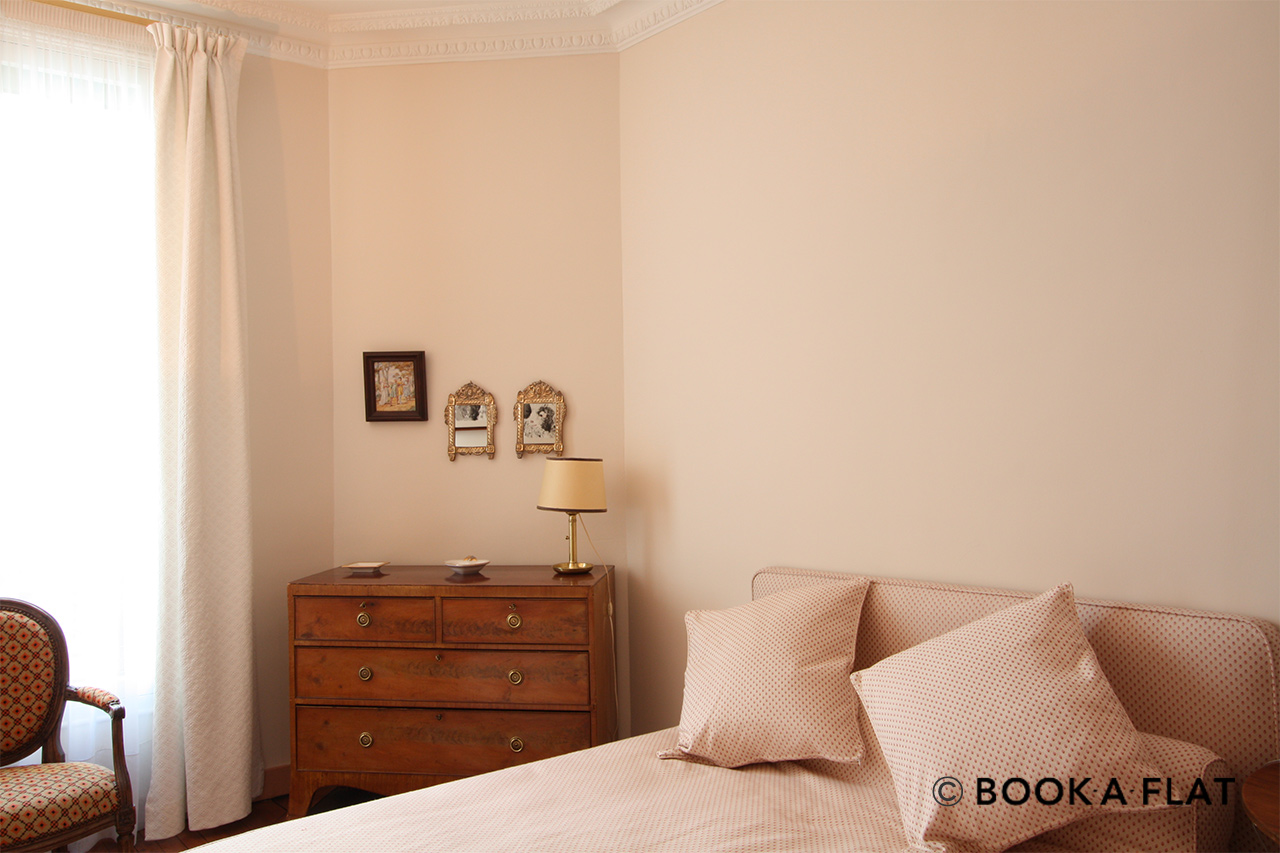 Bedroom with double bed and window