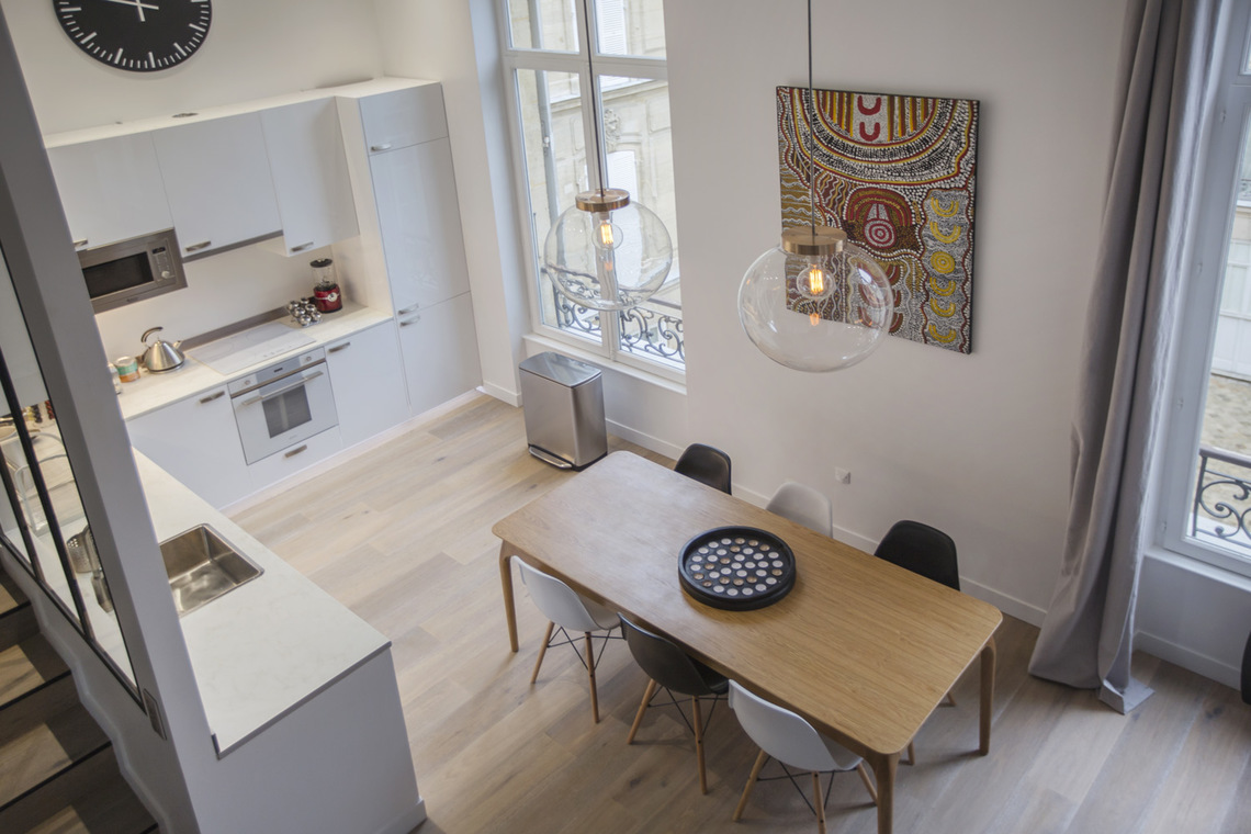 Apartment Paris Rue de Marignan 6