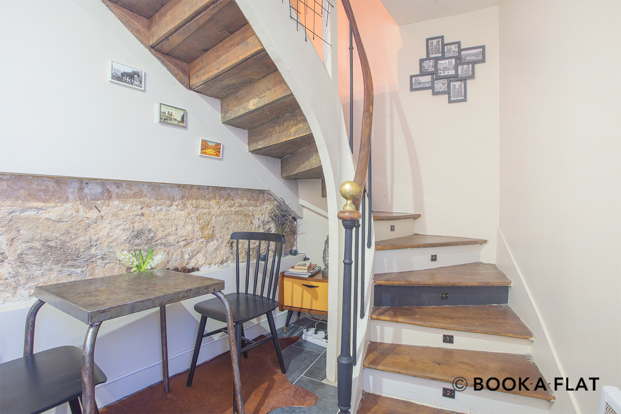 Furnished apartment for rent Paris Rue du Cloître Notre Dame