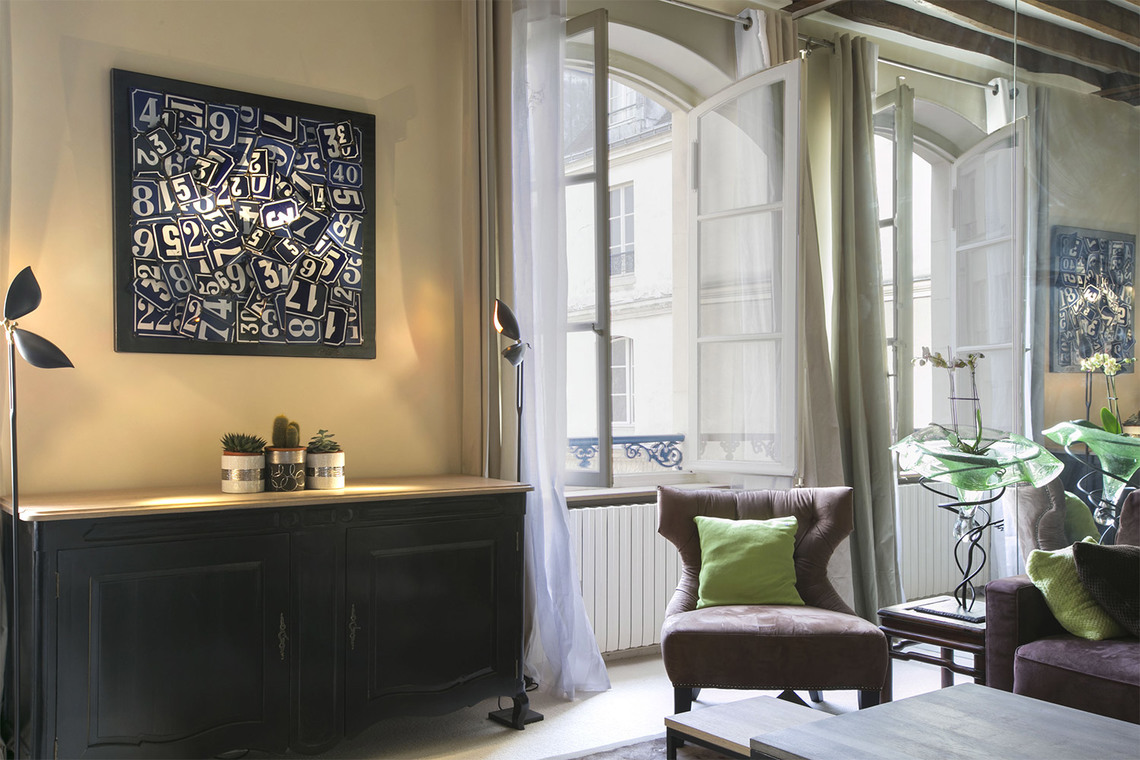 Apartment Paris Rue Vieille du Temple 5