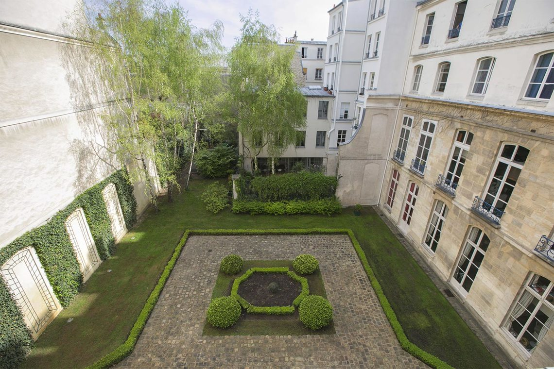 Apartment Paris Rue Vieille du Temple 18