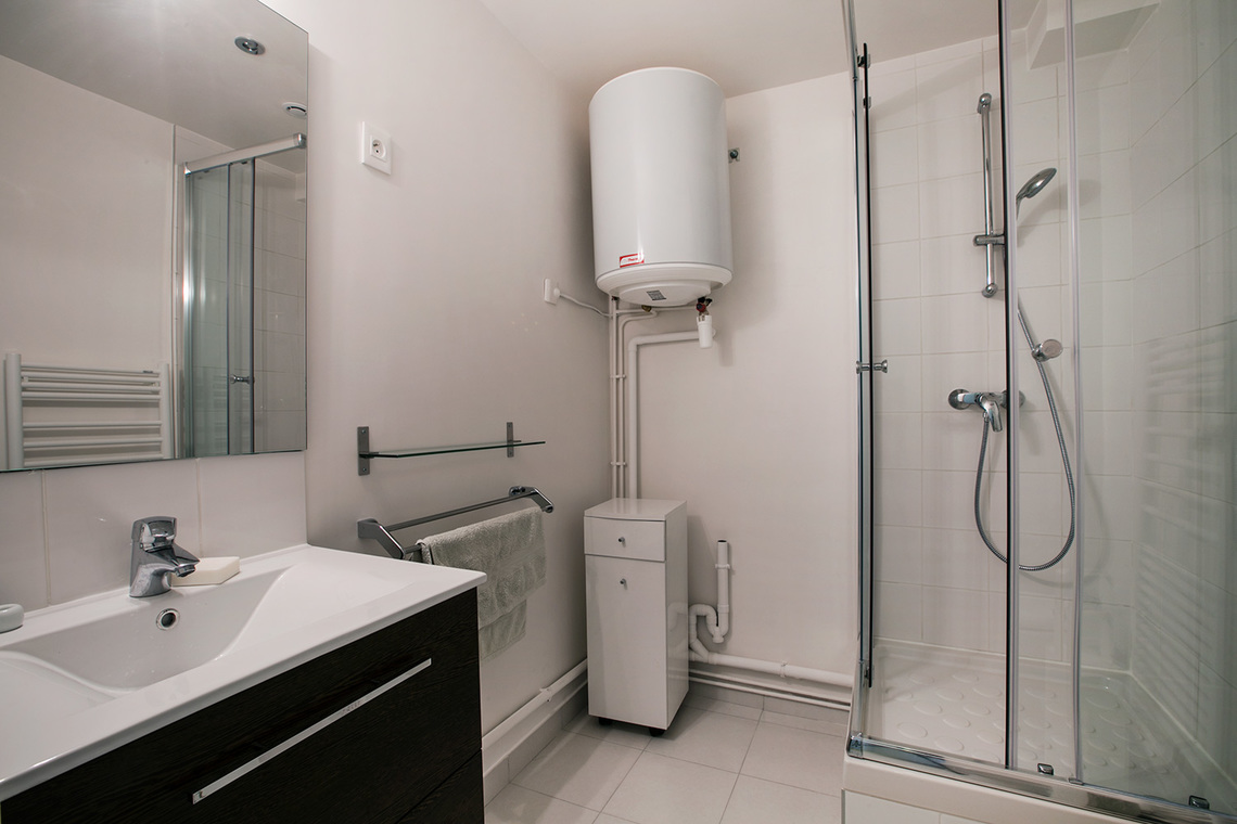 Apartment Paris Rue Jean Mermoz 7