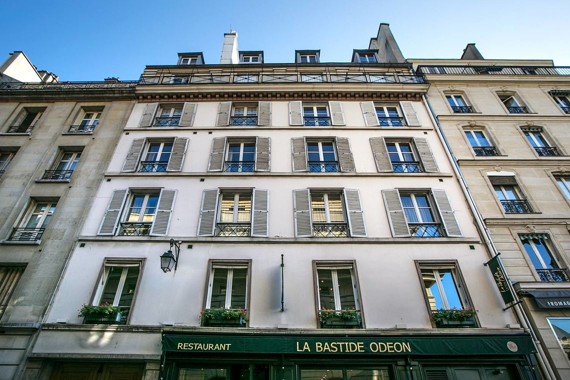 Apartment Paris Rue Corneille 17
