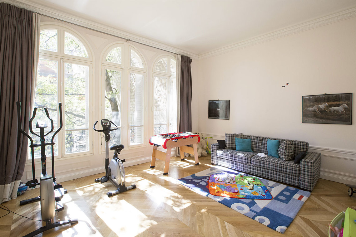 Apartment Paris Boulevard Flandrin 18