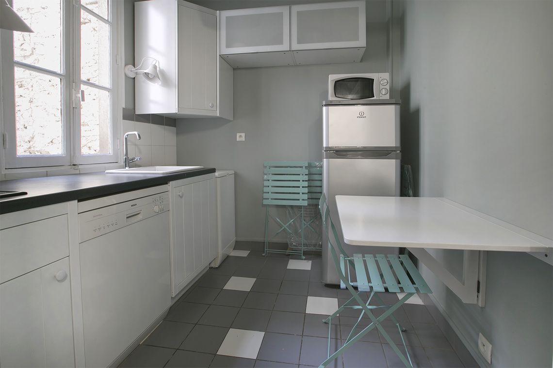 Apartment Paris Rue Jouvenet 11