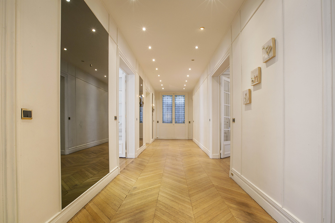 Apartment Paris Rue Theodule Ribot 9