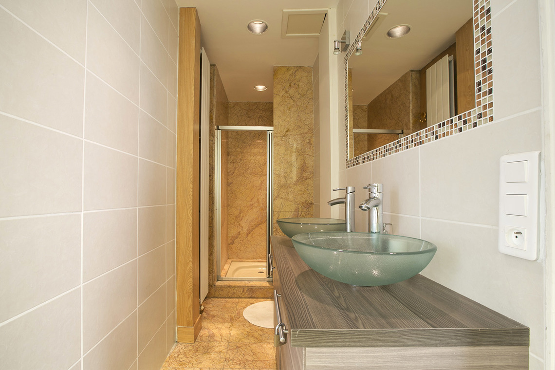 Apartment Paris Rue Theodule Ribot 17