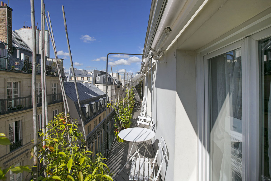 Apartment Paris Rue Saint Augustin 21