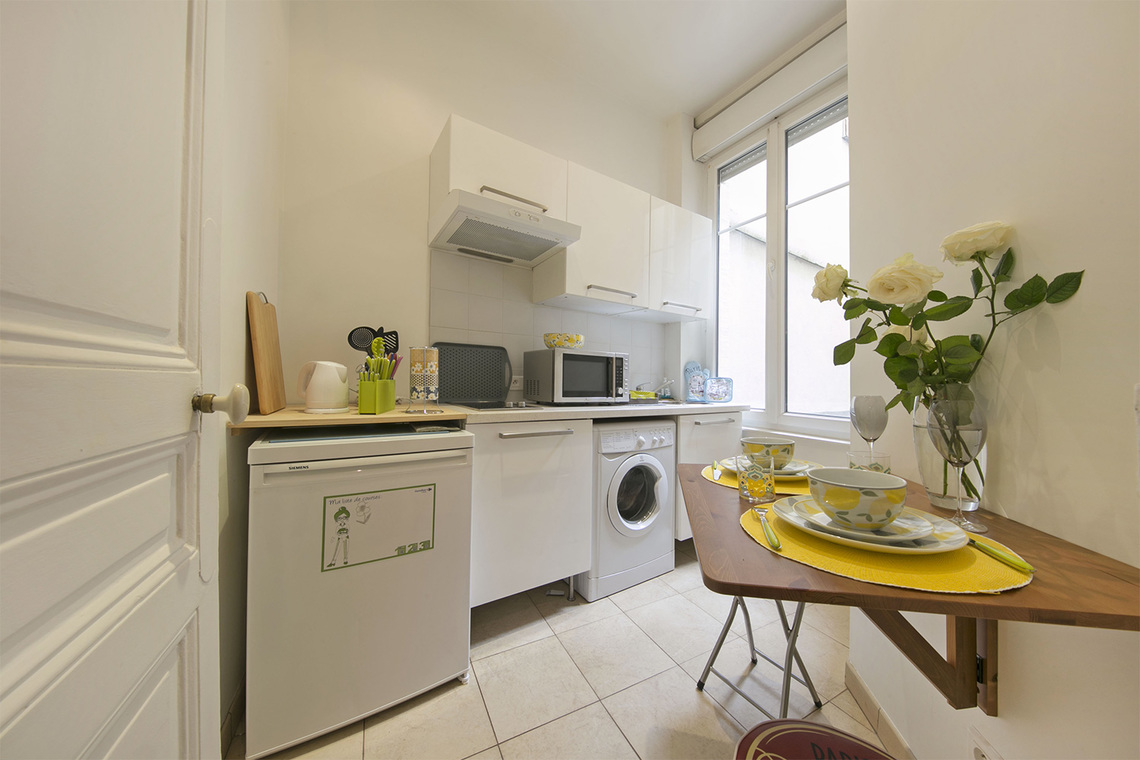 Apartment Paris Rue Poncelet 8