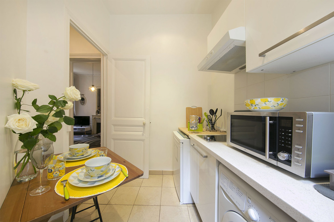 Apartment Paris Rue Poncelet 10