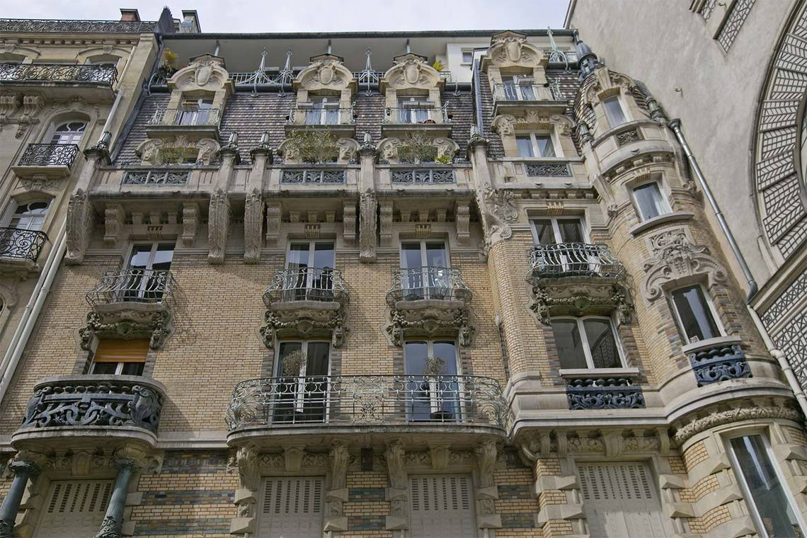 Apartment Paris Square Rapp 21