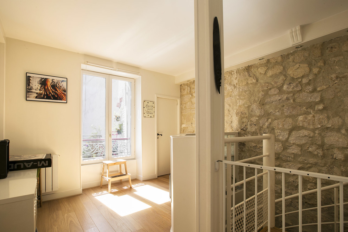 Apartment Paris Rue Nollet 8