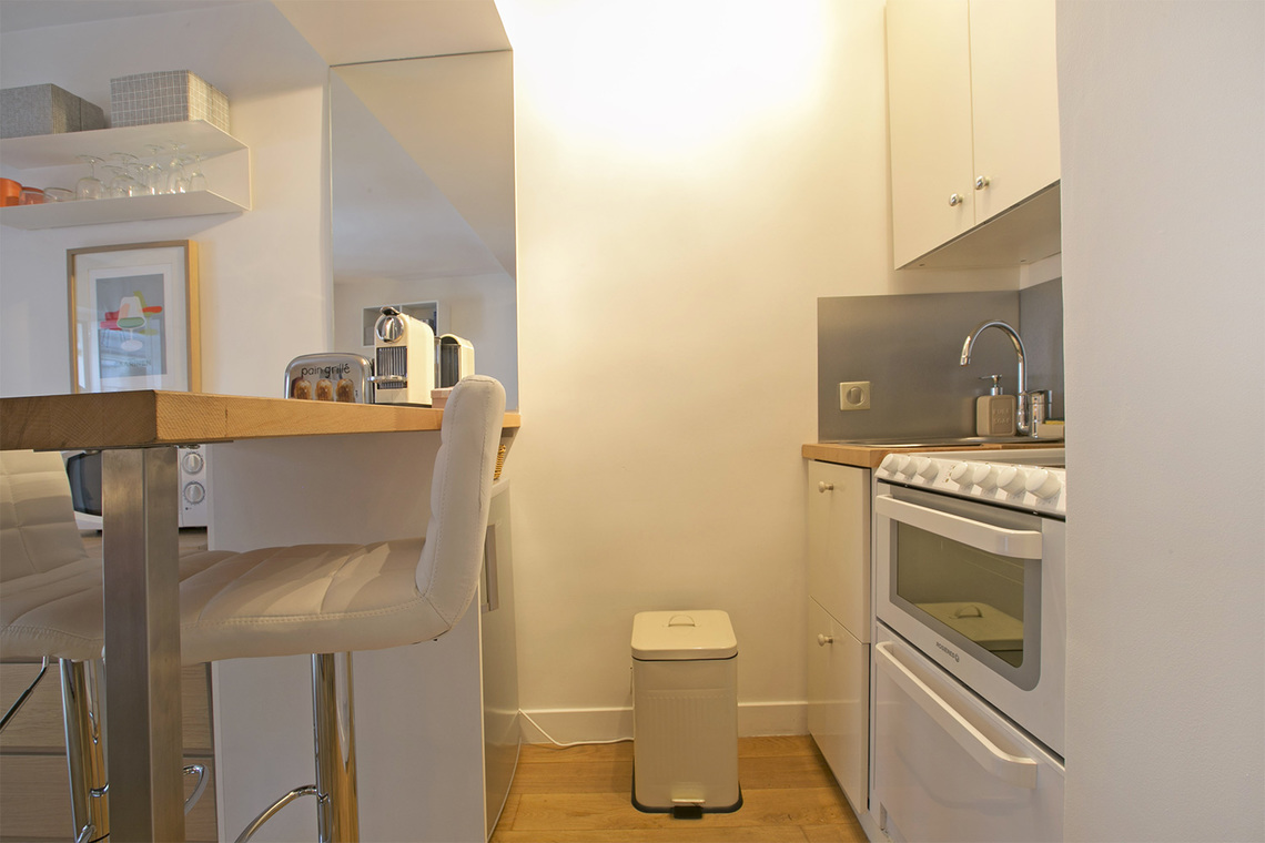 Apartment Paris Rue du Bac 7