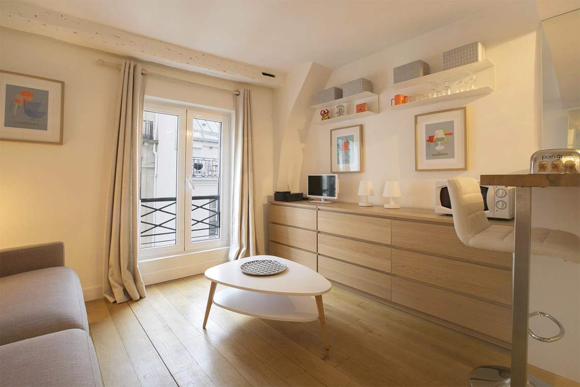 Apartment Paris Rue du Bac 5