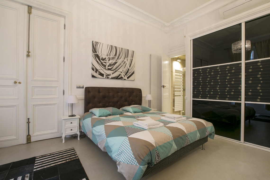 Apartment Paris Rue Lincoln 6