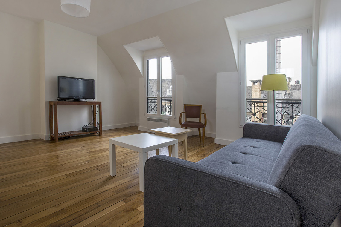 Apartment Paris Rue d'Armaillé 3
