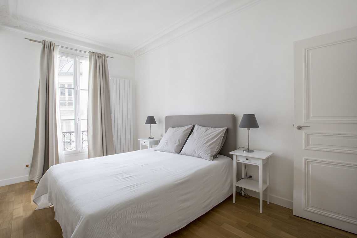 Apartment Paris Rue de Rennes 9