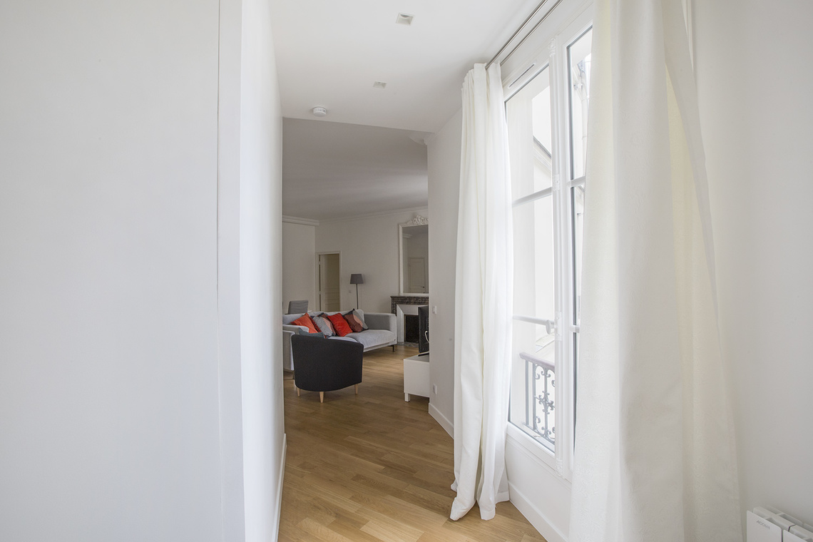 Apartment Paris Rue de Rennes 16