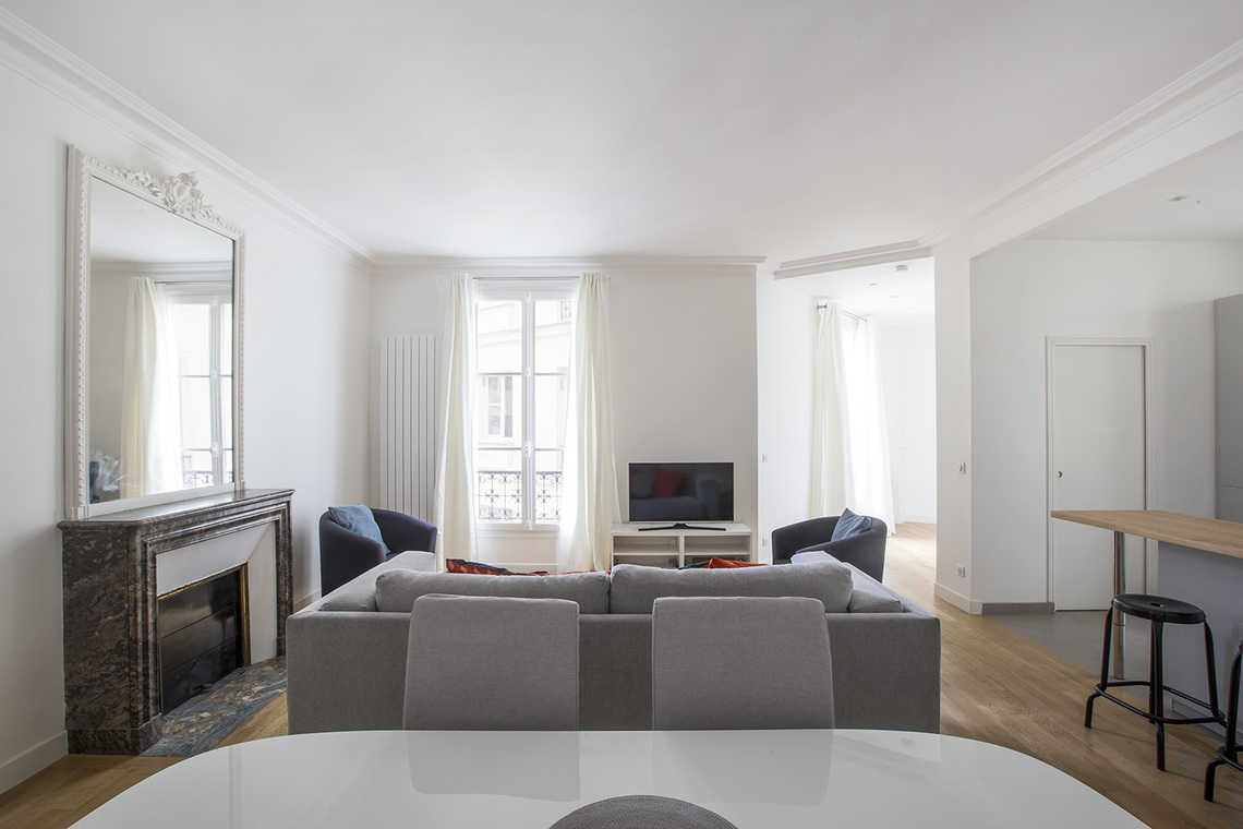 Apartment Paris Rue de Rennes 4