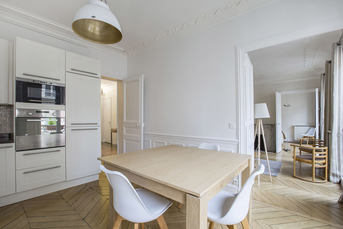 Apartment Paris Rue Duban 10