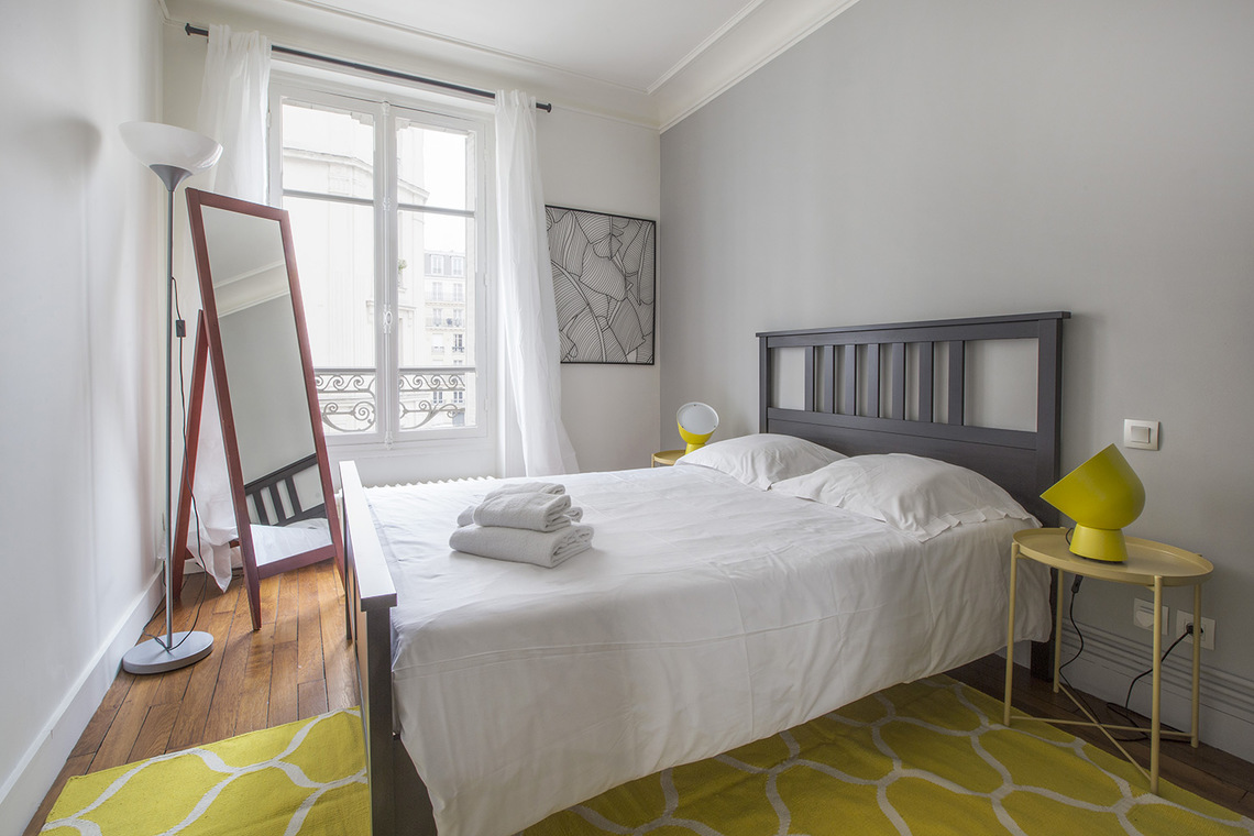 Apartment Paris Rue Baron 7