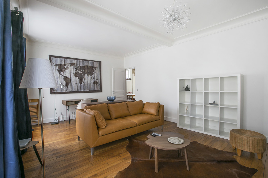 Apartment Paris Rue Baron 3