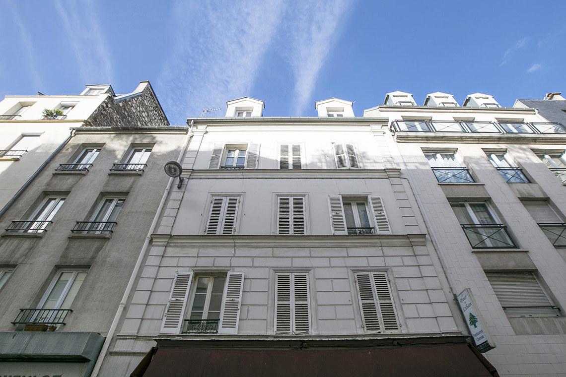 studio for rent rue gutenberg paris ref 16181. Black Bedroom Furniture Sets. Home Design Ideas