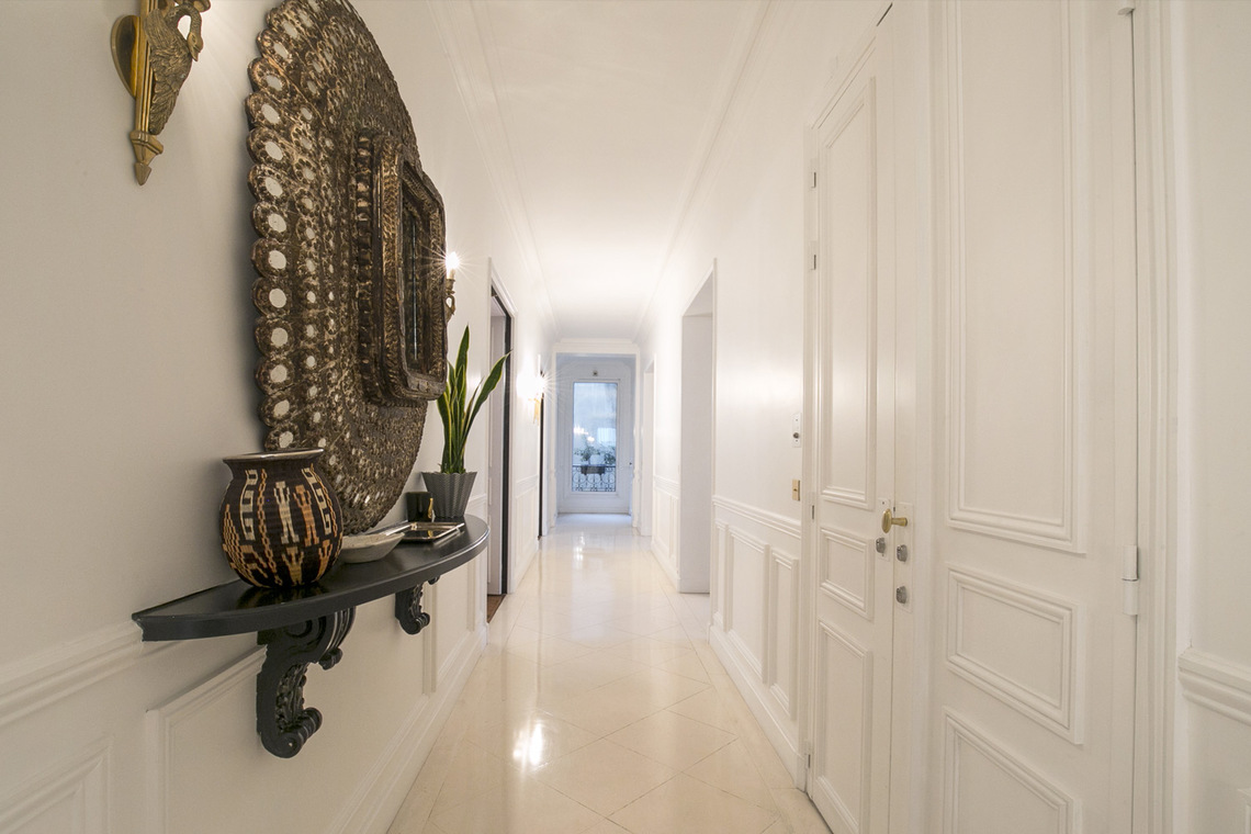 Apartment Paris Rue de Miromesnil 15