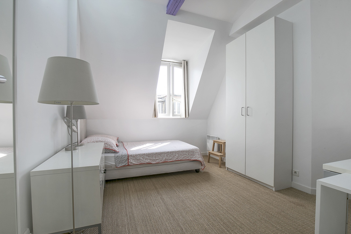 Apartment Paris Rue de Madrid 17