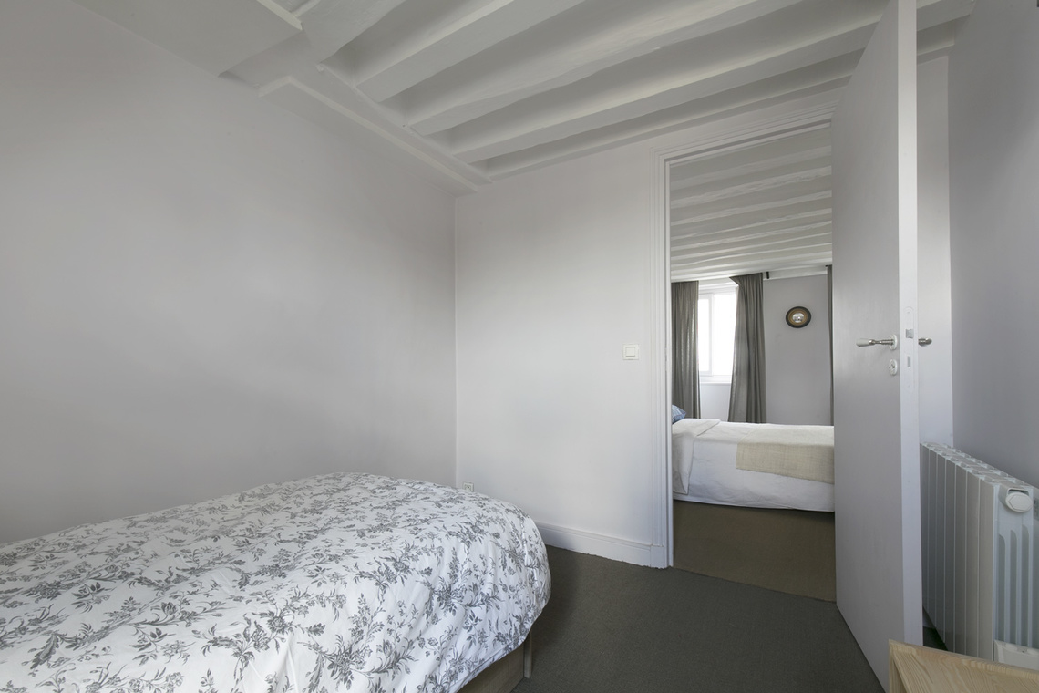 Apartment Paris Rue de Bourgogne 12