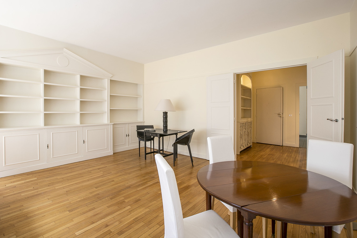 Apartment Paris Boulevard Haussmann 3