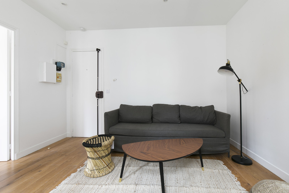 Apartment Paris Rue Pouchet 3
