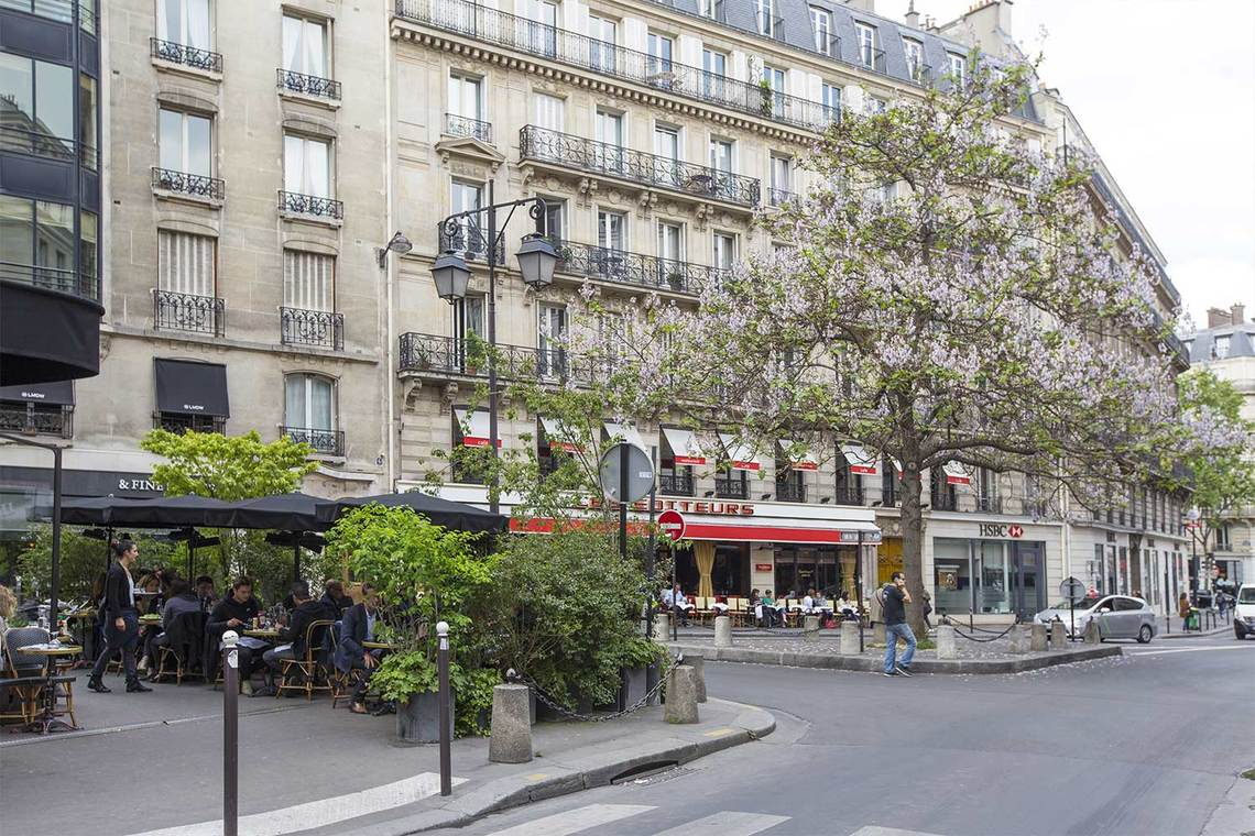 Apartment Paris Rue Corneille 20