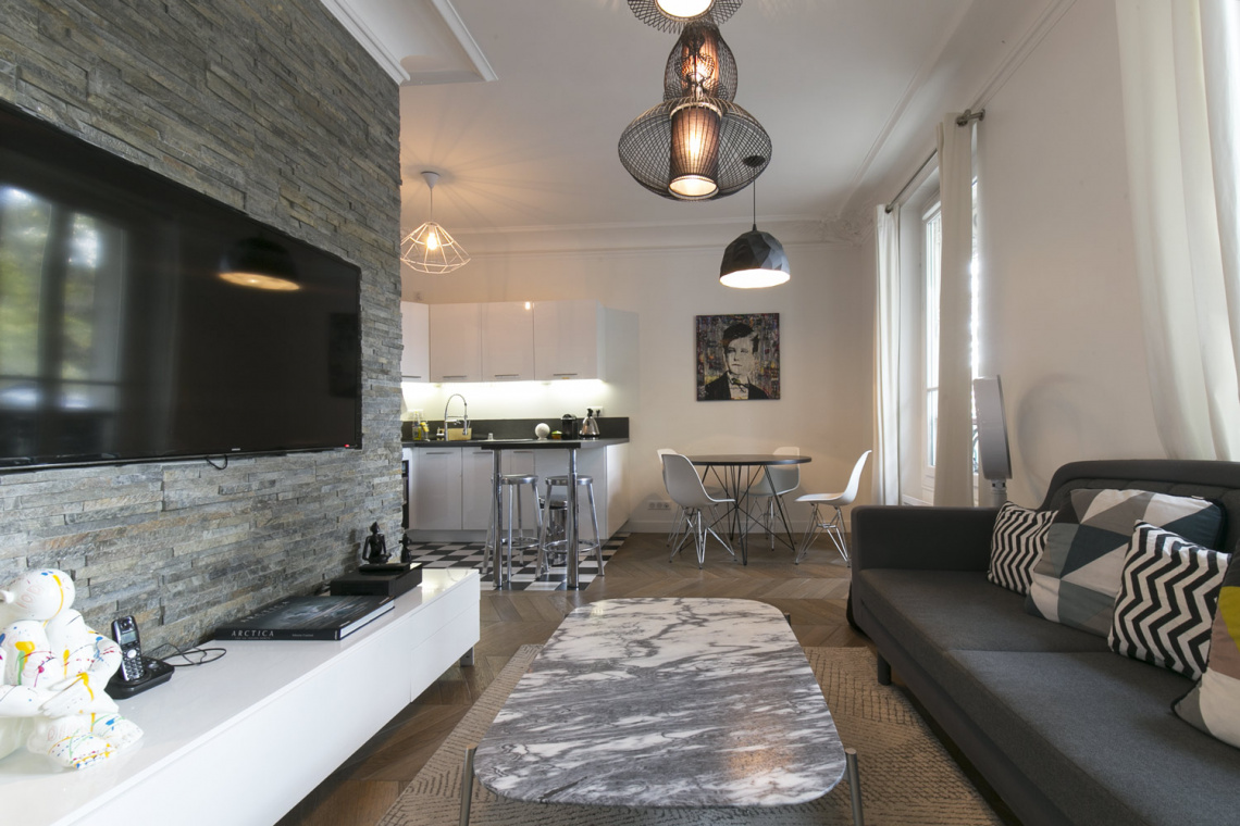 Paris Boulevard Henri IV  Apartment for rent