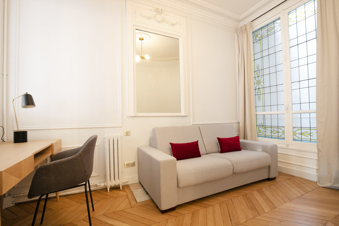 Apartment Paris Avenue de la bourdonnais 23