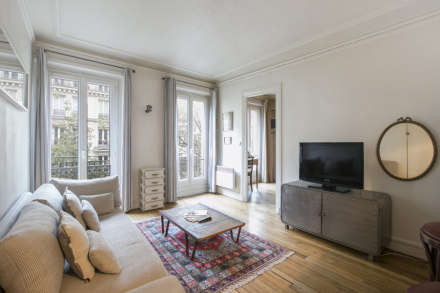 Apartment Paris rue Ordener