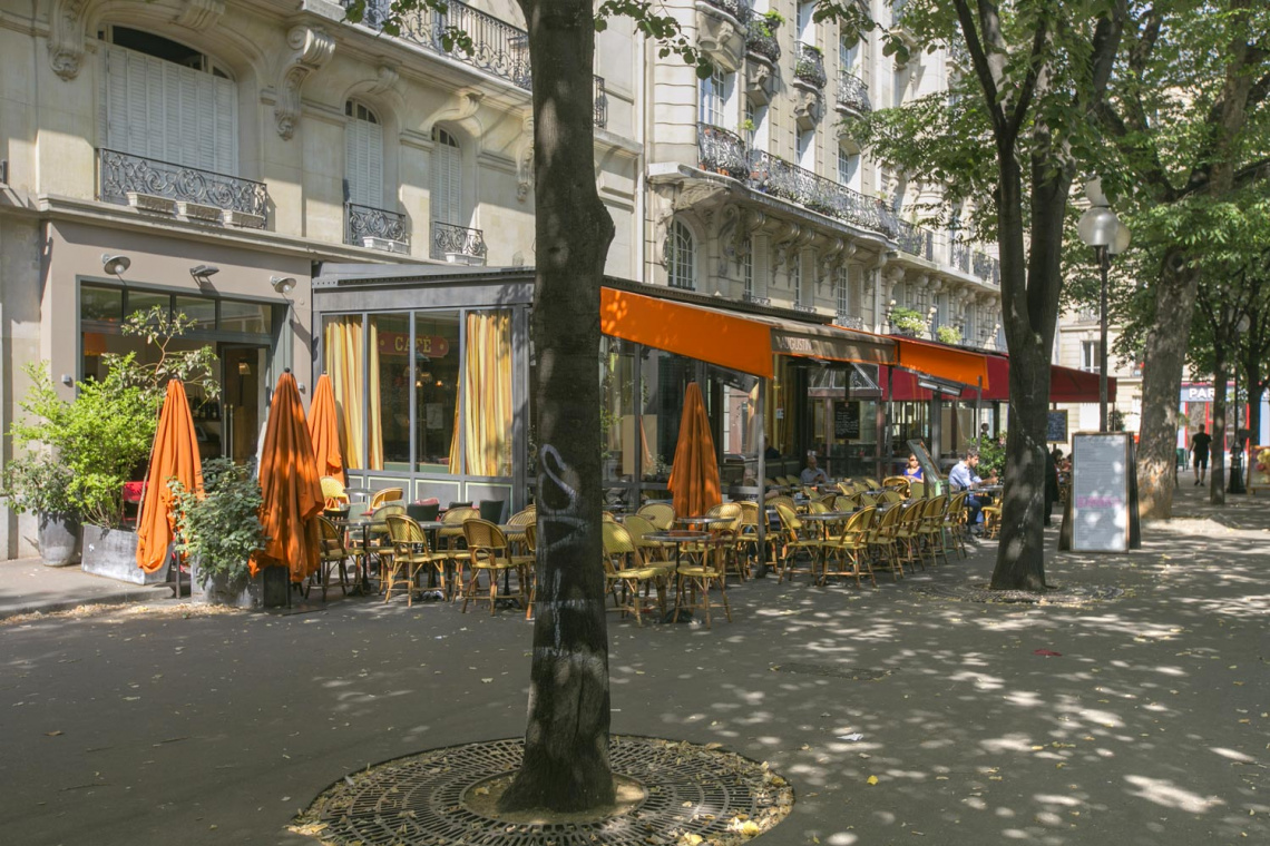 Apartment Paris Rue Dulong 12