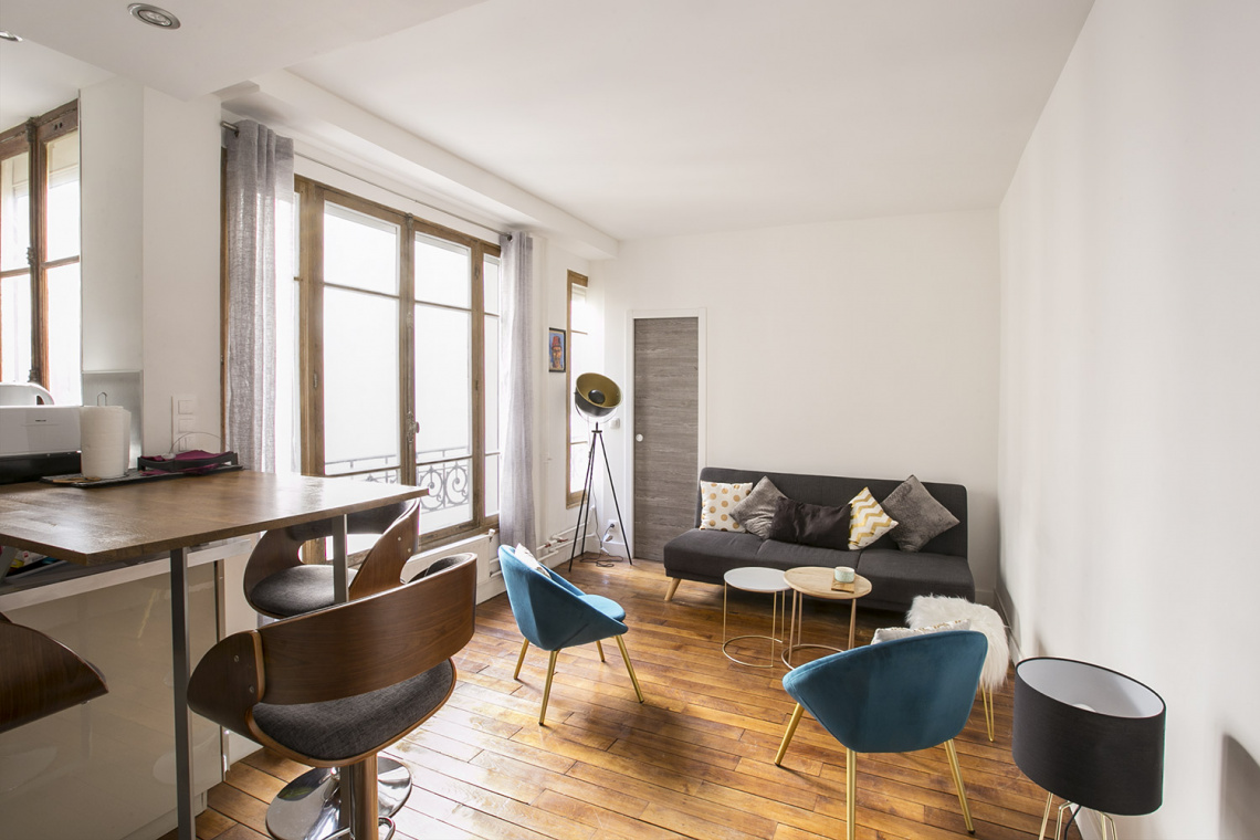 Paris Rue Dulong Apartment for rent