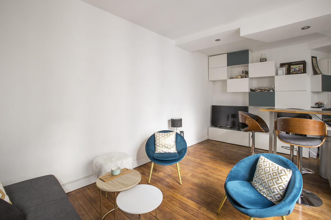 Apartment Paris Rue Dulong 2