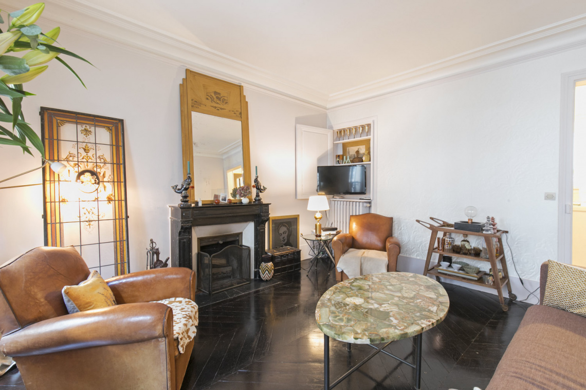 Apartment Paris Rue Houdon 6