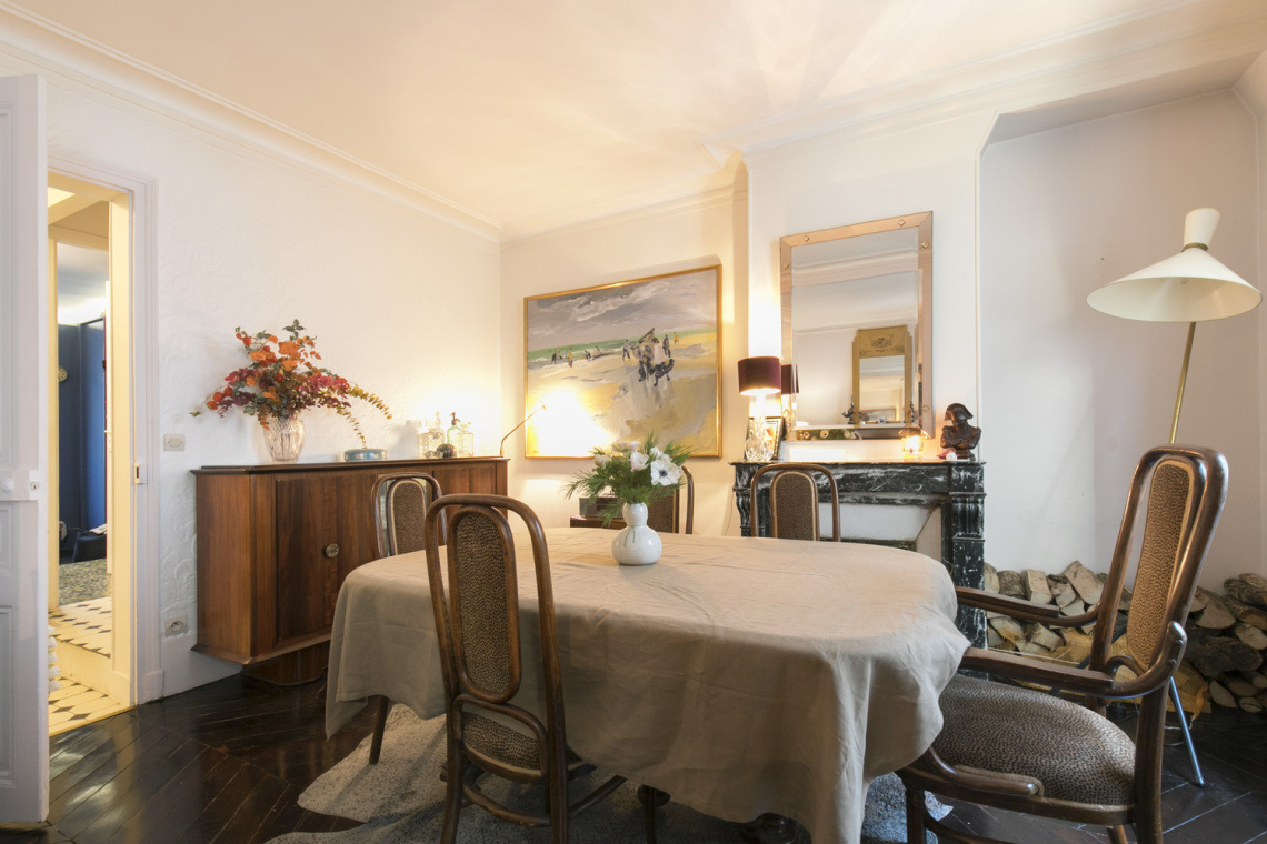 Apartment Paris Rue Houdon 8