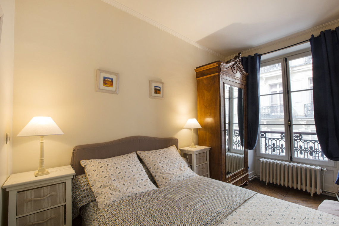 Appartement Paris Rue Jean Mermoz 14