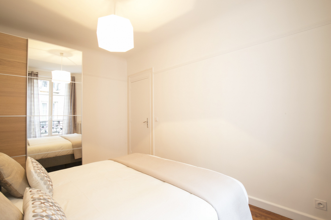 Apartment Paris Rue Duhesme 8