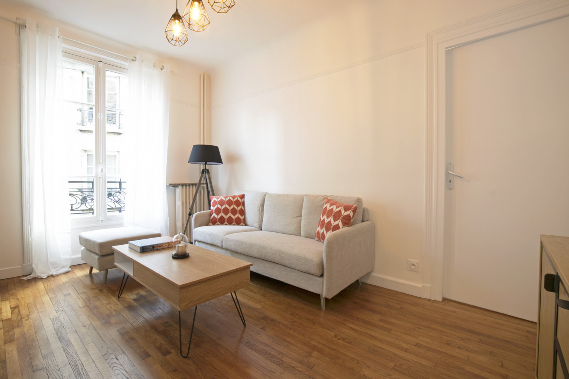 Paris Rue Duhesme Apartment for rent