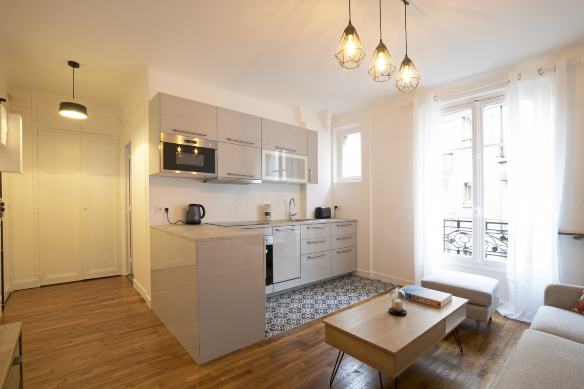 Apartment Paris Rue Duhesme 2