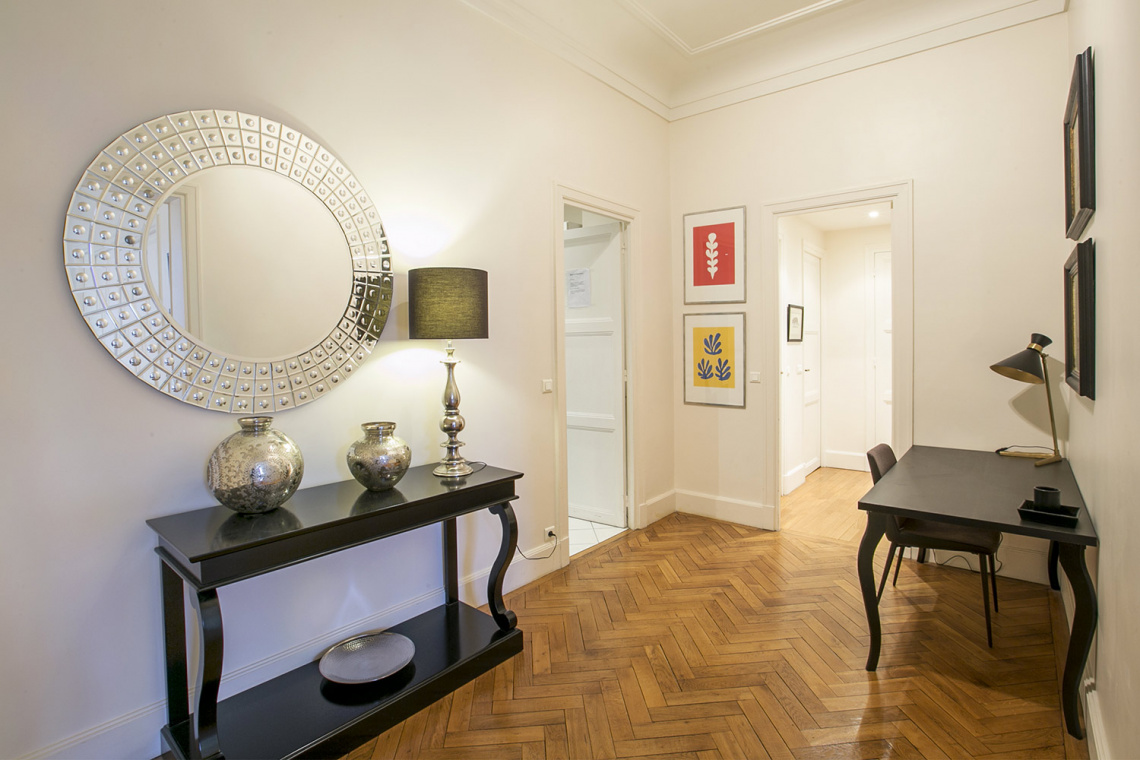 Apartment Paris Avenue de Lowendal 12