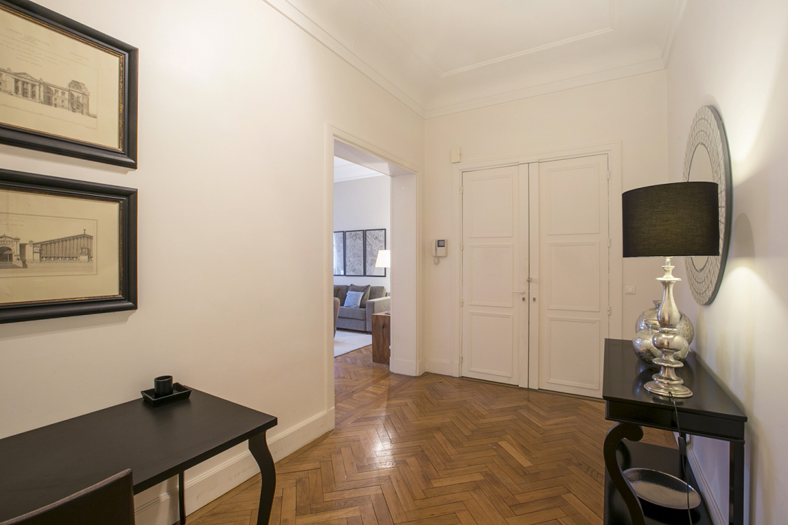 Apartment Paris Avenue de Lowendal 13