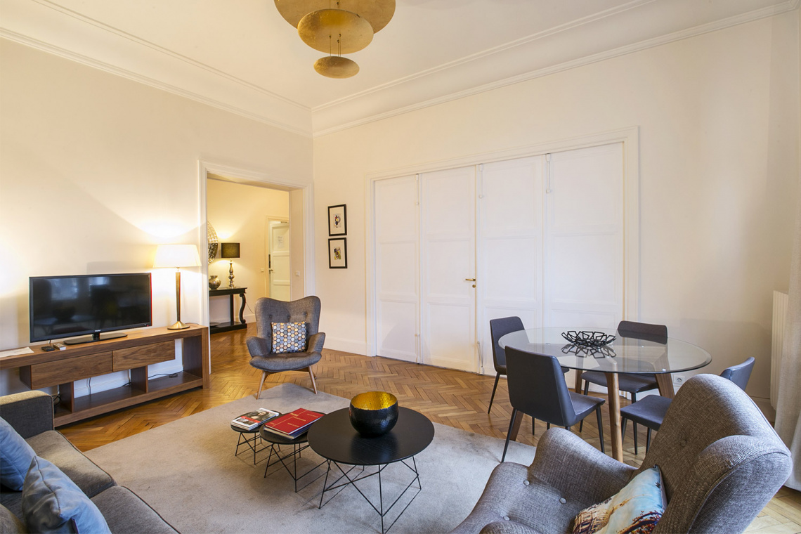 Apartment Paris Avenue de Lowendal 3
