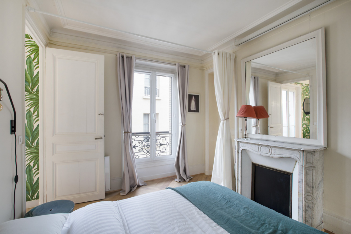 Apartment Paris Rue Pernelle 11