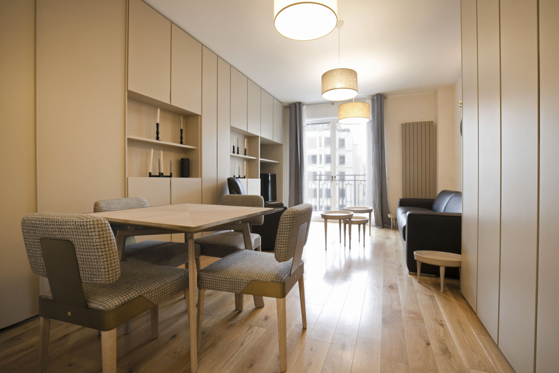 Apartment Paris Avenue Montaigne 5